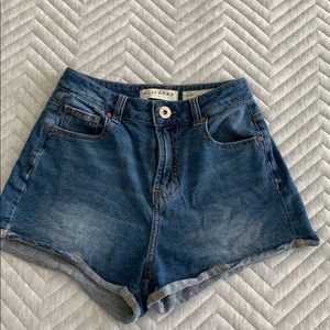 Bullhead Denim Mom Shorts from Pacsun